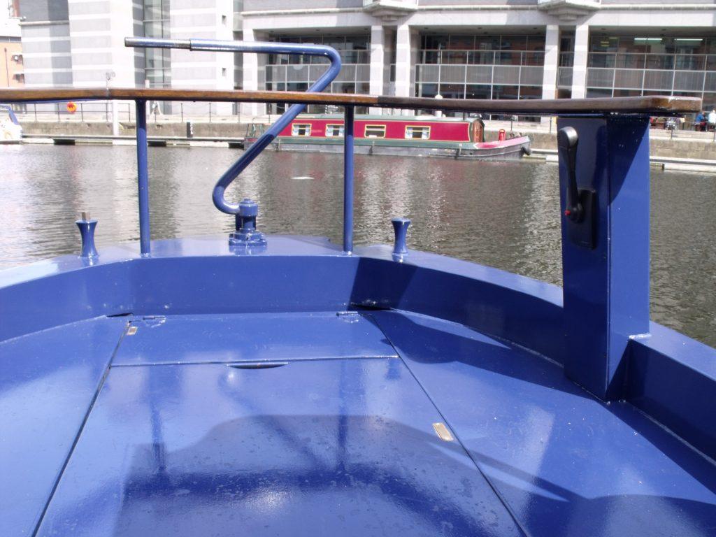 Cruiser style narrowboat's railing seat