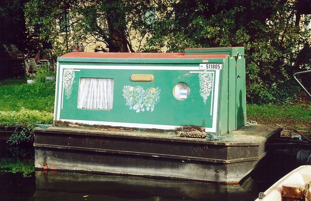 More boats that make me smile life afloat on narrowboat for Small outboard motor repair near me
